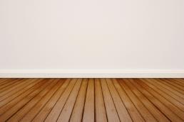 barniz suelo madera