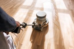 herramientas instalacion de suelos de madera